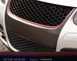 GTI Carbonfaser Grill ohne Emblem 3